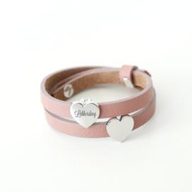 Leren wikkel armband graveren | Roze