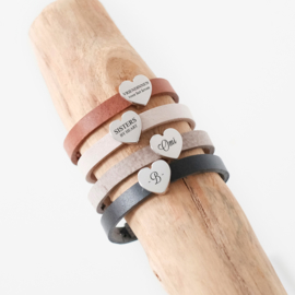 Leren armband dames | naambedel BRUIN