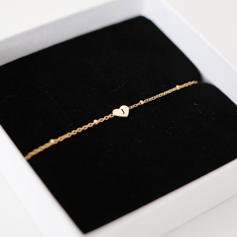 Hartjes armband graveren   Goud
