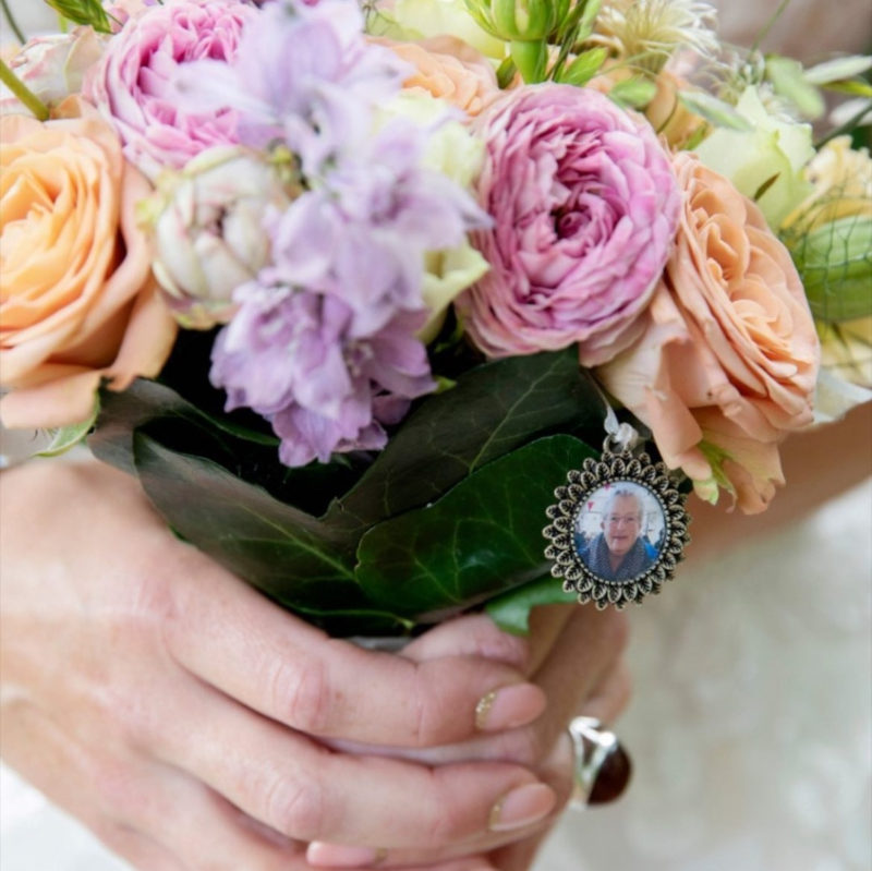 Foto medaillon bruidsboeket | Blaadjes