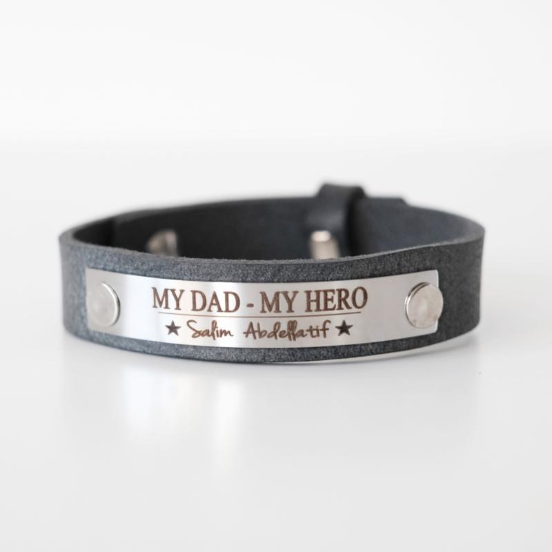 Papa armband graveren | Antraciet