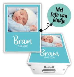 Geboortedoos met naam en foto - Achtergrondkleur naar wens
