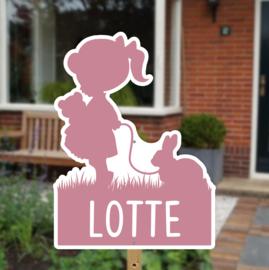 Geboortebord tuin | Silhouette meisje met konijntje *Kies je kleur!*