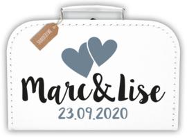 Koffertje huwelijk met namen *Koffertje en bedrukking in diverse kleuren verkrijgbaar*