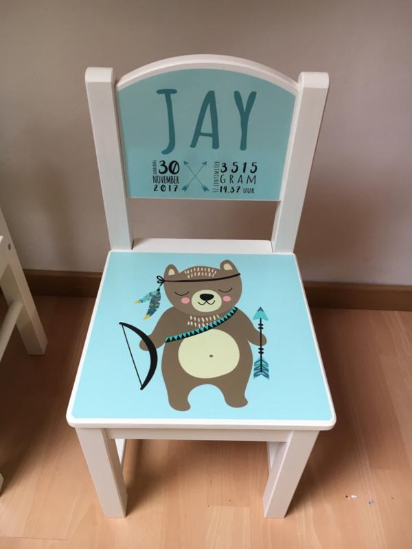 Stoeltje met naam en geboortegegevens voor Jay