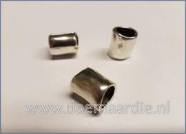 Zilveren buis kraal, gat 8 mm.