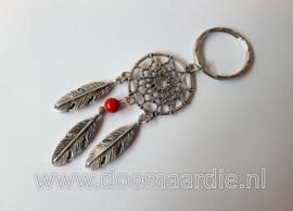 Dromenvanger sleutelhanger, rood quartz kraaltje.