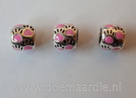 Pootjes, gekleurd, ronde vorm. Roze, vanaf 40 cent.