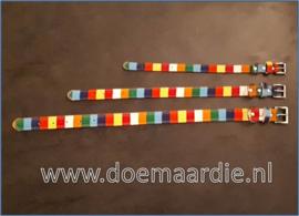 Gekleurde halsband, verschillende maten