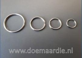 Sleutelhanger ring. Binnenmaat 20 mm. per stuk of per 100.