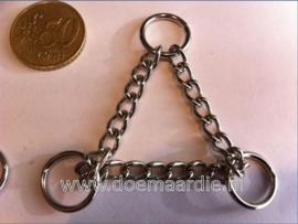 Triangel ketting, O ringen. Ketting 71 mm