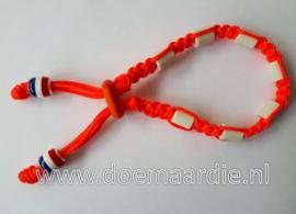 Keramiek teken halsband. Nederland.