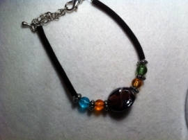 Armband kralen, glas rond vierkant gebogen murano paars