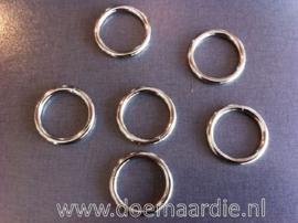 O ring, gelast staal binnenmaat 20 mm. per stuk of per 100.