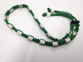 Tekenhalsband kelly groen, ong 49 cm.