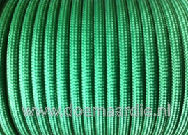 Paracord, 100 type l, Kelly green 6 / 15 / 30 meter.