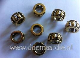 Kraal, ring met skulls, oud goud