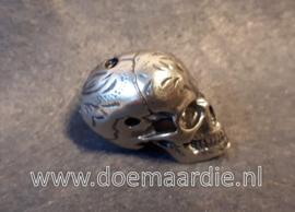 Big skull, zilverkleur.
