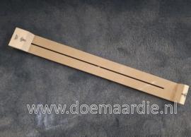 Extra lange knoopplank, tussen de haken ong 80,5 cm, voor halsbanden.