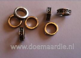 Rondel, Keltisch, oud zilverkleurig. per 10
