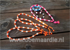 Anti teken halsbanden en armbanden