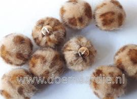 Mini fluffy, bruin. Pom pom