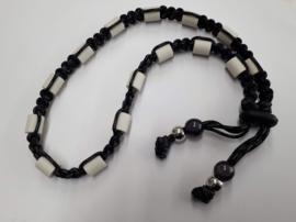 Tekenhalsband zwart met grijs,  48 cm.