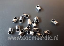 Eindkapje met oogje, oud zilver, ook per 50 stuks. 4,5 mm