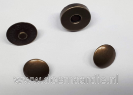 Magnetische drukknoop, antiek messing