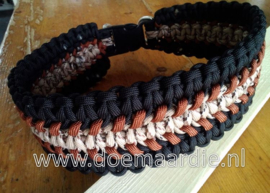 Halsband, extra breed, drie dubbele cobra