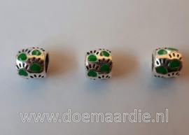 Pootjes, gekleurd, ronde vorm. Groen, vanaf 40 cent.
