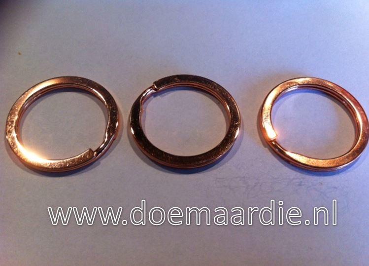 Sleutelhanger ring. 26,5 mm binnen. Rose.