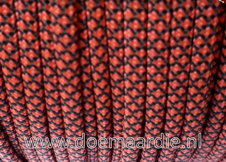 Red orange/zwart diamond, vanaf 29 cent per meter.