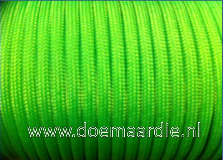 Paracord, 100 type l,  Neon green 6 / 15 / 30 meter.