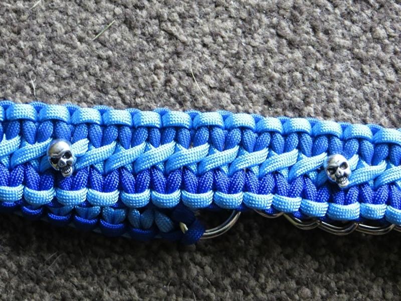 Halsband, gemaakt door Dennis