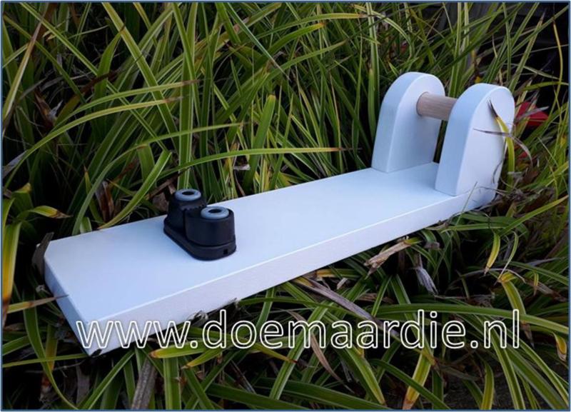 Lijnen knoopplank Basic, wit