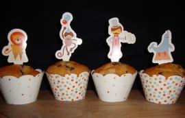 Circus - 10 cupcake wikkels en prikkers