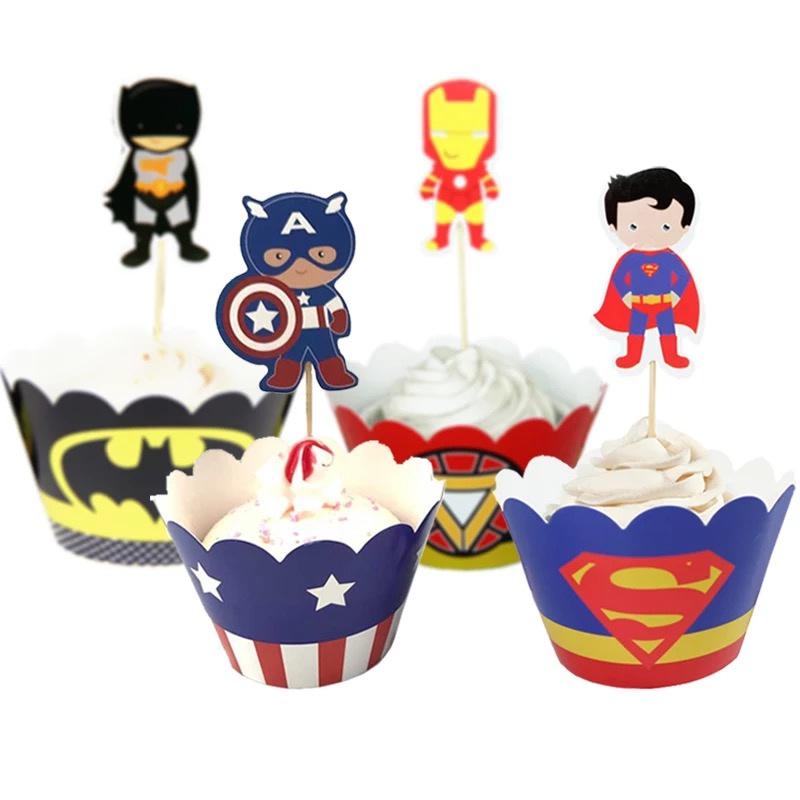 Superhelden - 12 cupcake wikkels en prikkers  - optie 1