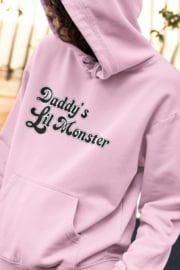 "Hoodie  ""Daddy's lil Monster"" roze"