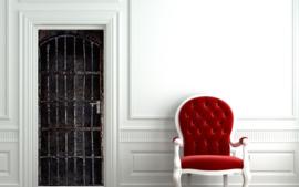 Deurposter - deursticker Oude ijzeren celdeur - gevangenisdeur