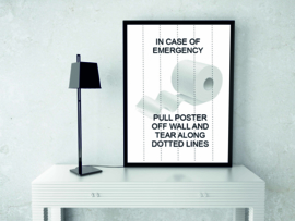 "Toilet poster ""Tear along dotted lines"" zwart wit A5 / A4"