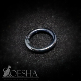 Shiny Black Niobium Seam Ring