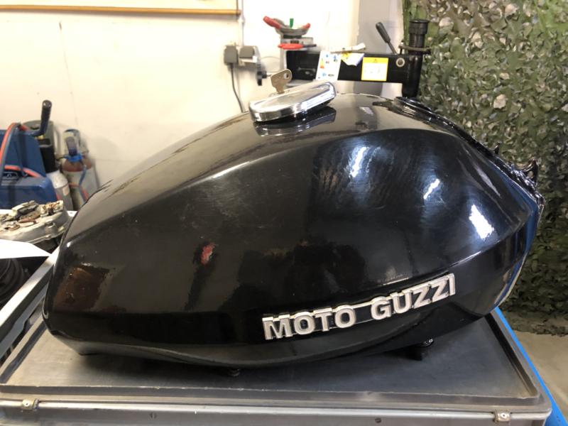BENZINETANK, TANK MOTO GUZZI 850 T3 (USED)