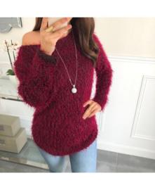 Sweater fluffy glitter + ketting bordeaux