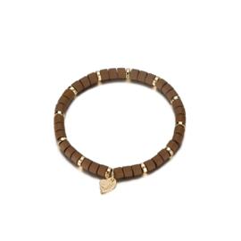 Armband parels mat bruin