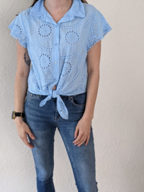 Blouse knoop broderie jeansblauw