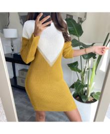 Sweaterkleed v ecru/oker