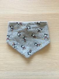 Zever sjaaltje Mickey grijs
