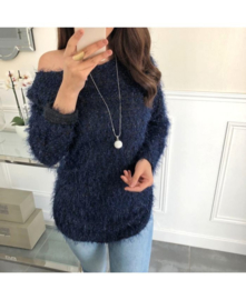 Sweater fluffy glitter + ketting donkerblauw