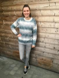 Sweater v kabel zwart/grijs
